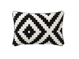 coussin de canapé design les coussins donnent du style à votre canapé décoration