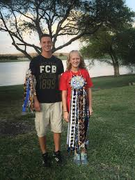 mums for homecoming how to make homecoming mums tips and tricks