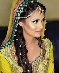 bollywood hair cuts for high forehead 40 indian bridal hairstyles perfect for your wedding