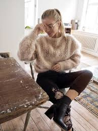 www pinterest com 12 sweaters you need right now for a cosy fall handylittleme