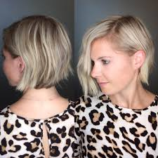 women u0027s messy blonde textured layered bob short hairstyle