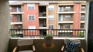 apartment balcony ideas to give more privacy