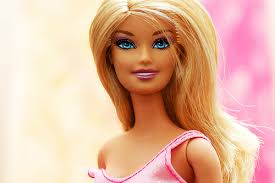 6 latina barbie dolls speaking spanish slang