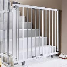 kinderschutzgitter treppe treppenschutzgitter kaufen top auswahl marken baby walz