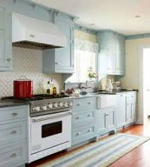 Turquoise Cabinets Kitchen Such A Lovely Feel About This Kitchen Touches Of Blue U003c3 Beach