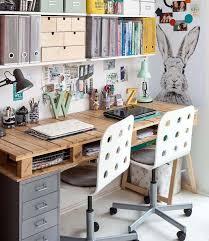 bureau diy bureau en bois 34 idées diy très cool en palette europe bureaus