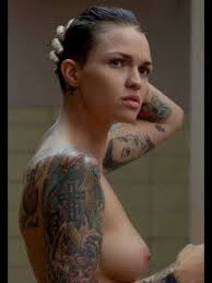 93 best ruby rose images on pinterest hairstyles beautiful and