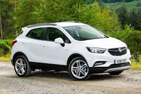 vauxhall mokka vauxhall mokka x 1 6 cdti 2016 road test road tests honest john