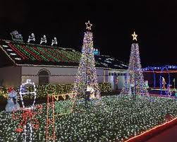 christmas lights franklin tn 50 christmas light displays to brighten the 2017 holidays cheapism