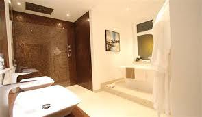 2013 bathroom design trends awesome houzz bathroom floor tile 11 bathroom design trends and