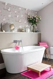 tapeten für badezimmer welche tapete frs bad tapete badezimmer design