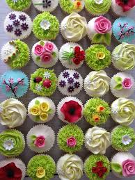 Easter Cupcake Decorating Ideas Pinterest by Best 25 Garden Cupcakes Ideas On Pinterest Mushroom Cupcakes