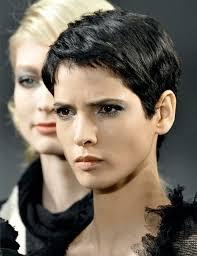 mod le coupe de cheveux femme les 25 meilleures idées de la catégorie coupe coiffure sur