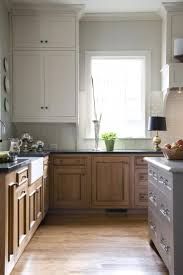 two tone cabinets kitchen white upper cabinets wood lower upper cabinets u003c3 pinterest