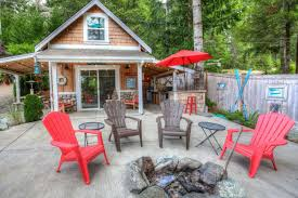 get two tiny beach cottages by mason lake for 125k curbed seattle