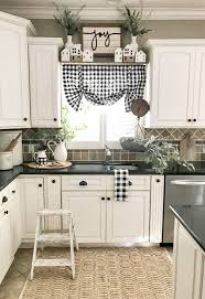 how to decorate a rustic kitchen 25 cozy farmhouse kitchen decor ideas shelterness