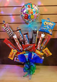 candy arrangements feliz día arreglos de dulces candy bouquet