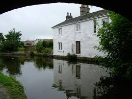 canap banc lancaster canal canalside cottage by hest bank bridge