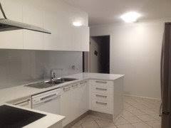 antique white usa kitchen cabinets dulux antique white usa yay or nay houzz au