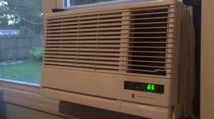 8000 Btu Window Air Conditioner Reviews Friedrich 10 000 Btu Window Air Conditioner Youtube
