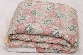 vintage hand tied quilt comforter shabby chic floral puffy wool