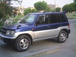 mitsubishi pajero old model 1999 mitsubishi pajero news reviews msrp ratings with amazing