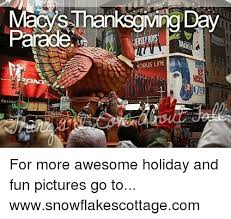 25 best memes about macys thanksgiving day parade macys
