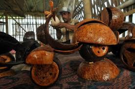 membuat kerajinan yg unik 17 kerajinan batok kelapa yang unik dan sekilas cara pembuatan