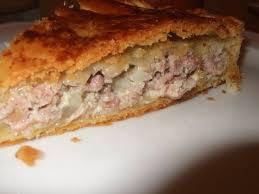 cuisiner chair à saucisse tourte à la chair à saucisses dans la cuisine de fabienne