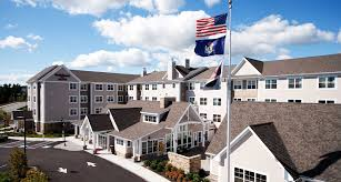 Flag House Inn Top Hotels In Maine Marriott Maine Hotels