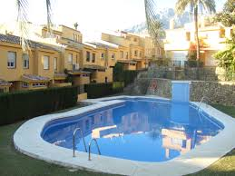 houses for sale with swimming pools officialkod com