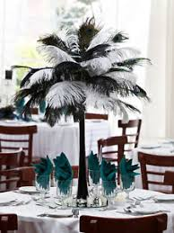 Tower Vases 12 Eiffel Tower Vases 288 Ostrich Feathers 12 Lights Wedding Table