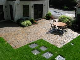 Paver Designs For Patios by Decor U0026 Tips Exciting Paver Patio Ideas With Retaining Walls And