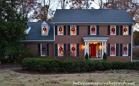 how to hang christmas lights outside windows how to hang wreaths from windows for hanging on decor 12 16