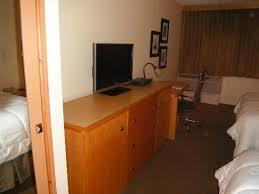 chambre de travail chambre télé et espace de travail picture of magnuson hotel