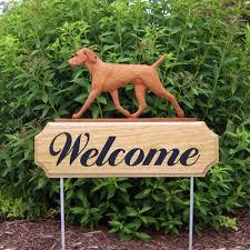 vizsla breed oak wood welcome outdoor yard sign