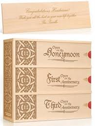 wedding gift australia wedding gift idea wine in customised boxes and meaningful