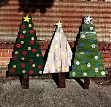christmas tree pallet pallet christmas ideas 26 creative pallet christmas trees with decor