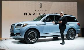 lincoln 2017 inside lincoln u0027s 2018 navigator lighter faster and more spacious