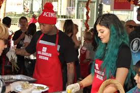 news jenner tyga serve thanksgiving dinner to the