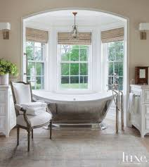 Luxury Bathroom Designs by 10 Master Bathrooms With Luxurious Freestanding Tubs