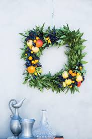 Springtime Wreaths Diy Wreaths To Decorate Your Front Door For Easter Southern Living