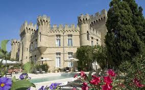 chambre hote chateauneuf du pape hôtel de charme avignon le château des fines roches