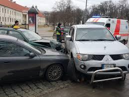 volkswagen volvo vilniaus arsenalo gatvėje susidūrė 3 automobiliai 15min lt