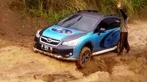 custom lifted subaru offroad 2 subaru xv crosstrek offroad accros a landslide track