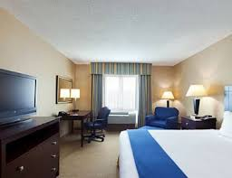 Comfort Suites Newport Ky Holiday Inn Express Hotel U0026 Suites Cincinnati Southeast Newport