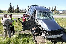 toyota highlander towing crash kills way driver