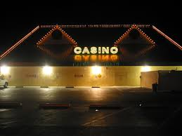 photo detail the smokey casino one of two places open at 4 00 am