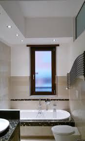 illuminazione bagno soffitto gallery of plafoniere per bagno controsoffitto faretti e