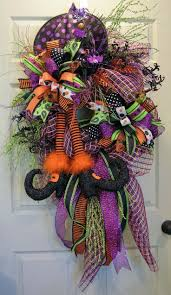 black feather wreath halloween 319 best halloween wreaths and garland images on pinterest